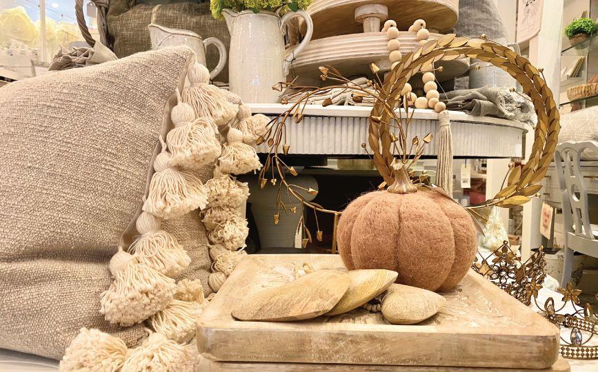 fall-decor-downtown-burlington